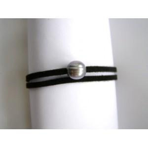 Bracelet double noir une perle de culture grise.