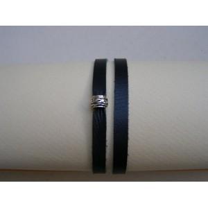 Bracelet cuir noir perle argent.